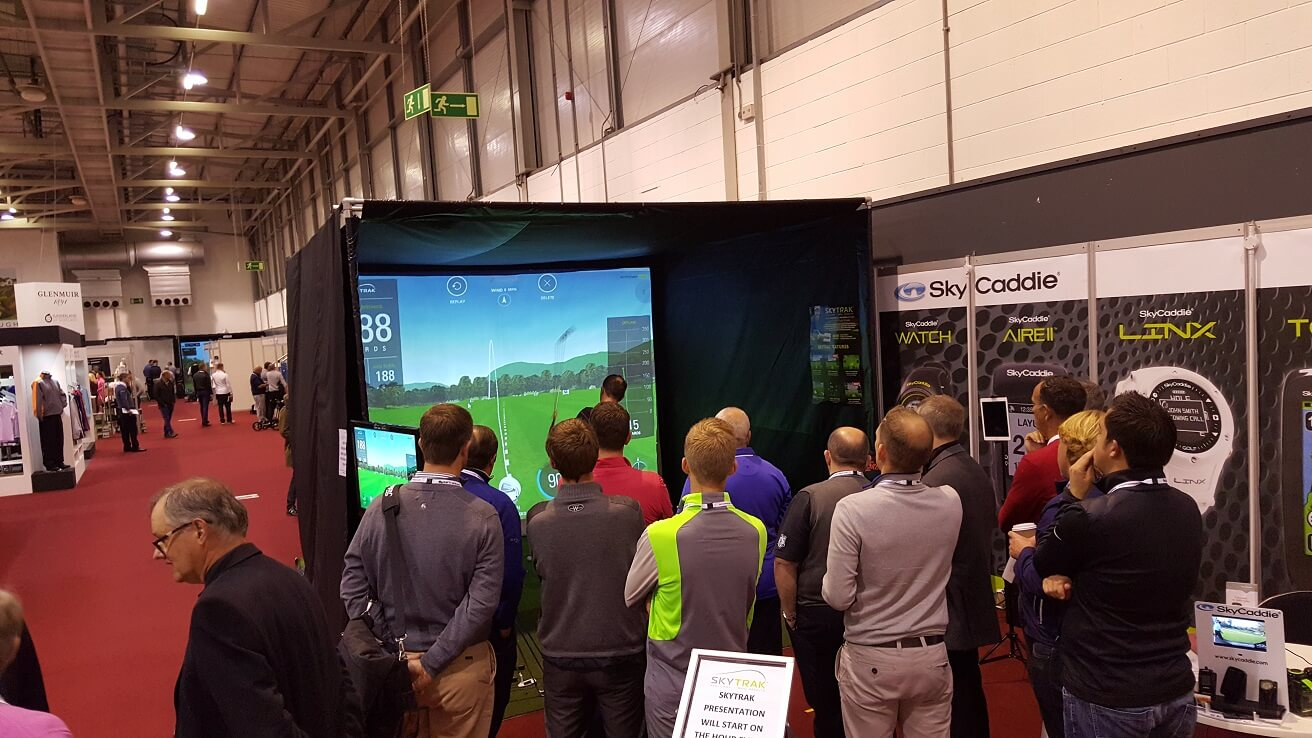Golf simulator hire football penalty shootout for Golf simulator room dimensions