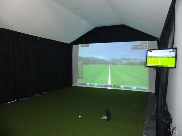 Case study indoor golf simulator in private house golf for Golf simulator room dimensions