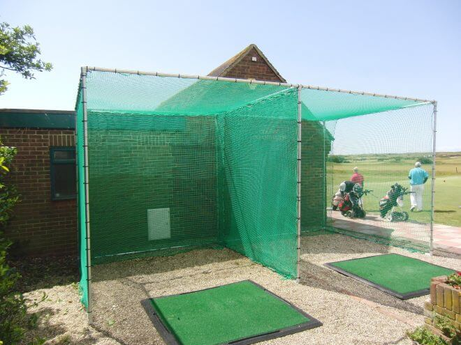 Golf Net with mesh baffle