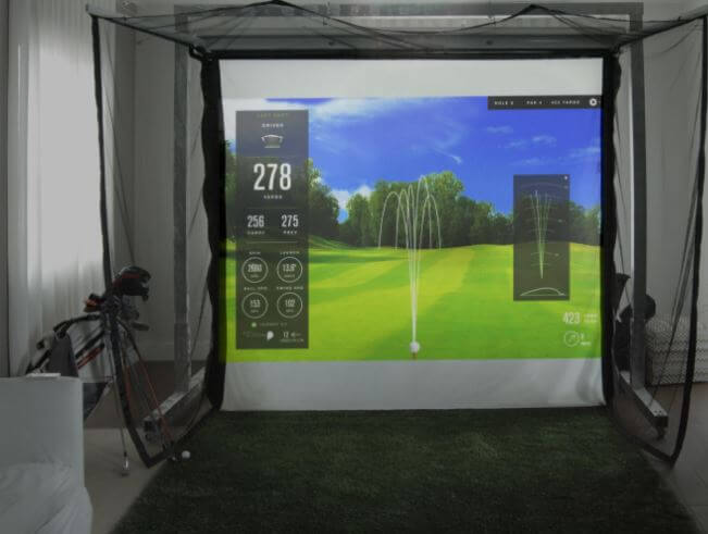 HomeCourse Retractable Golf Screen