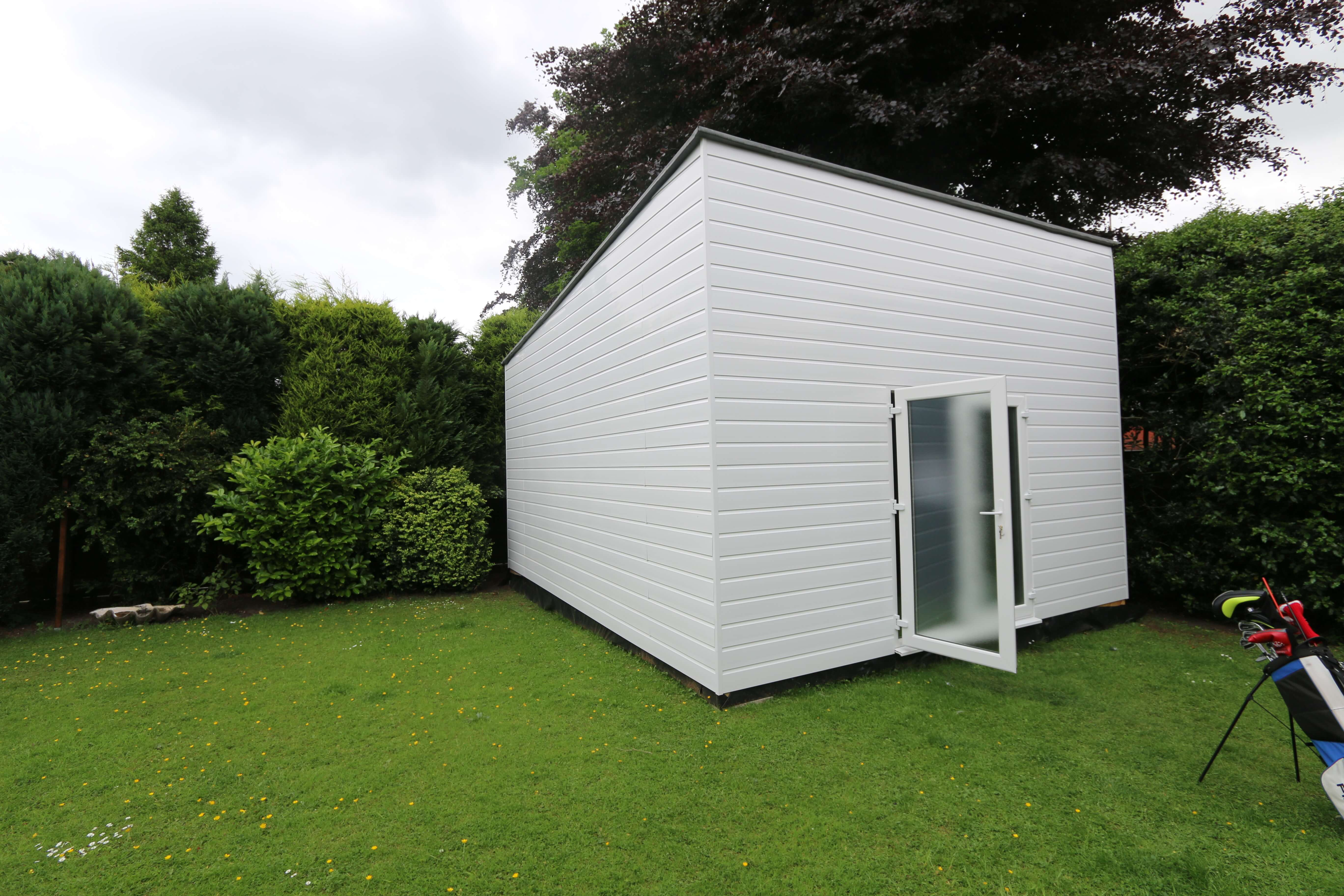 Golf Simulator Cabin In The Back Garden Golf Academy Case Studies