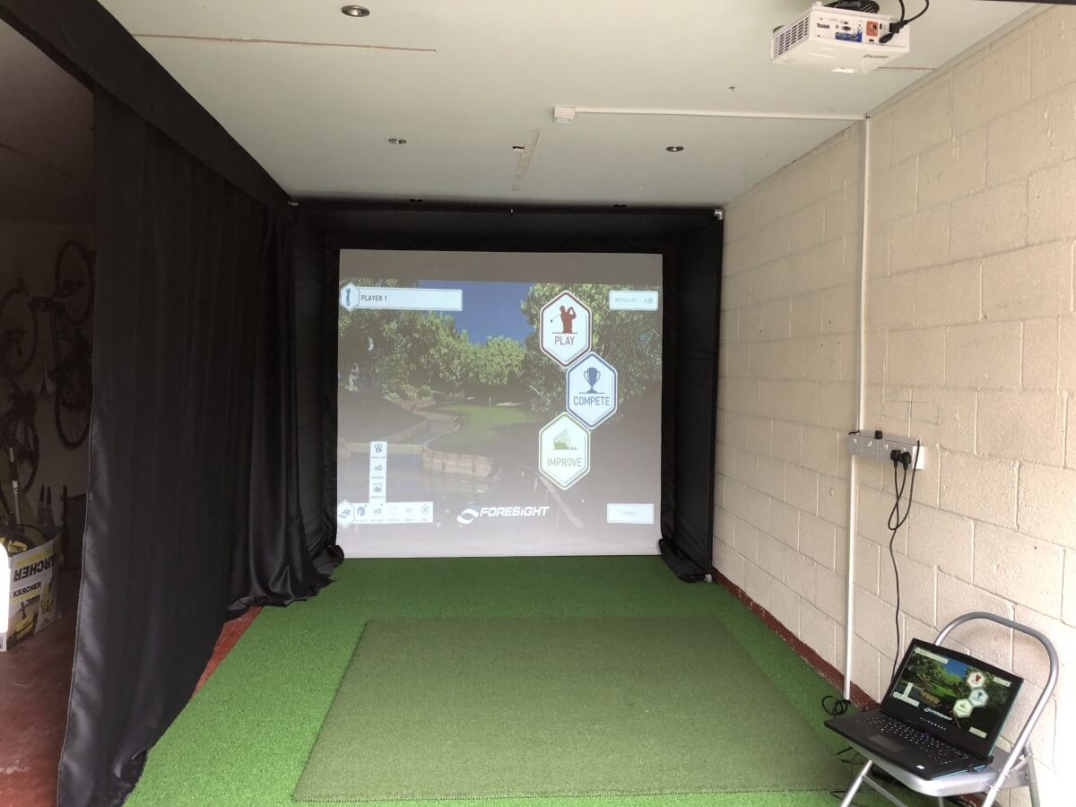 How to Create Your Own Golf Room