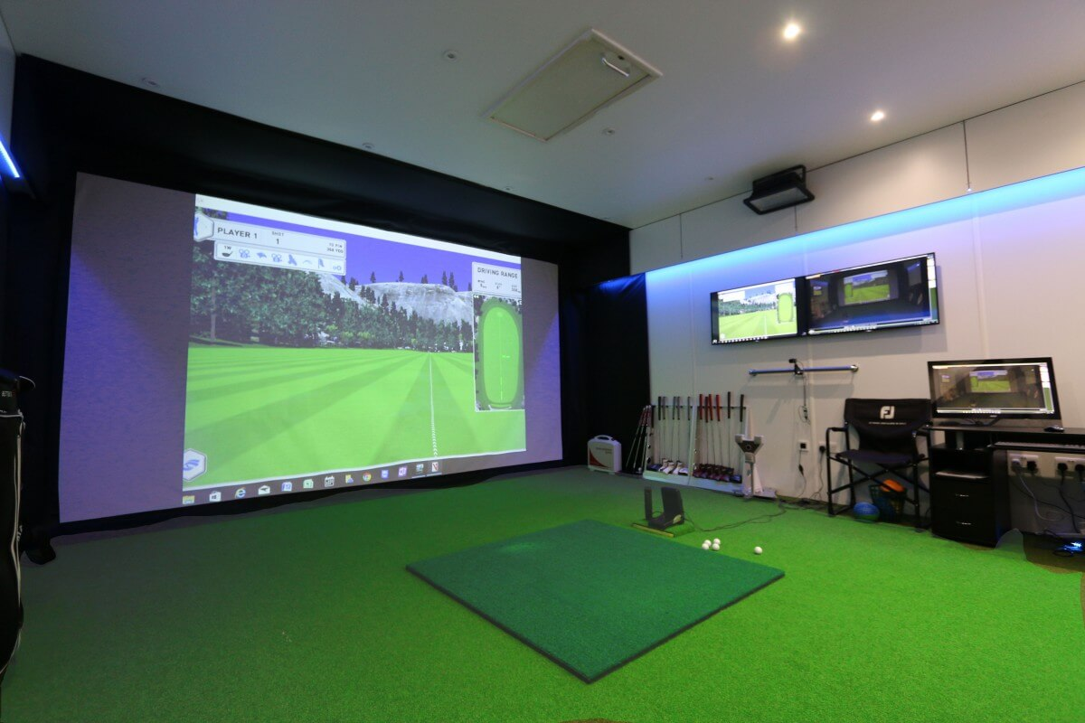 Par 2 Pro SQ HD Golf Simulator Screen Material and Archery Screen Material